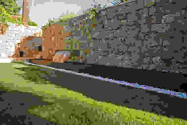 Modern style gardens by Jorge Belloch interiorismo Modern