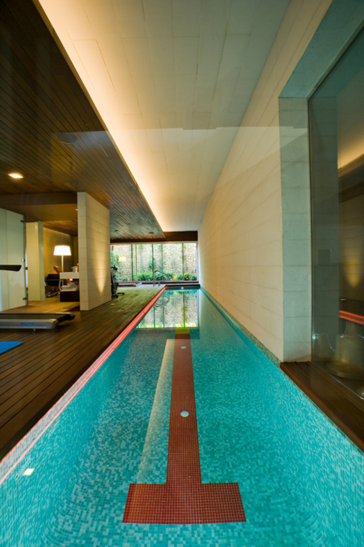 Piscinas modernas por Jorge Belloch interiorismo Moderno