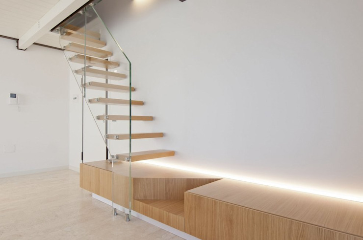 Corridor, hallway & stairs  by Andrea Stortoni Architetto