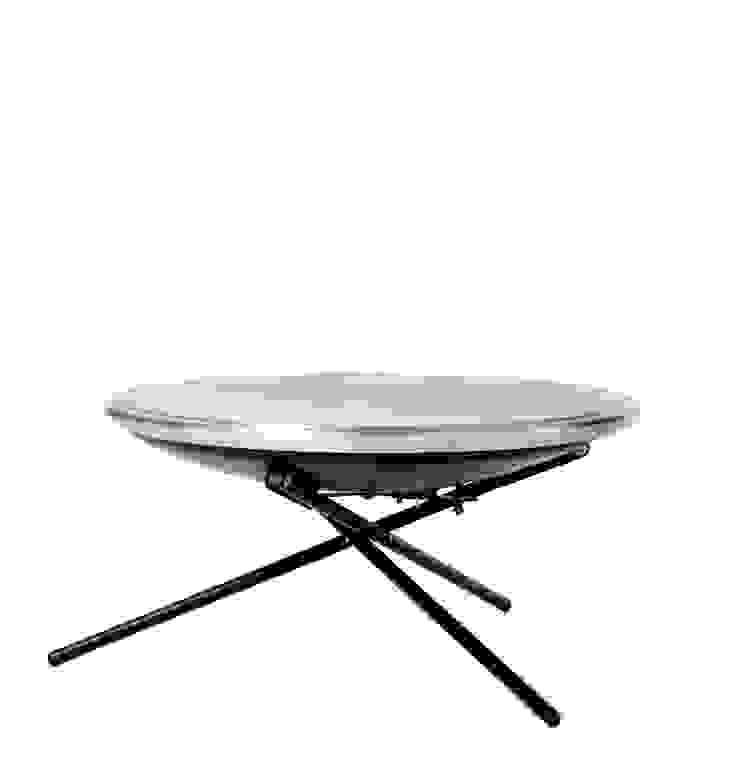 biqju; barbecue, vuurschaal, kookeiland en tafel inéén: modern  door biqju, Modern