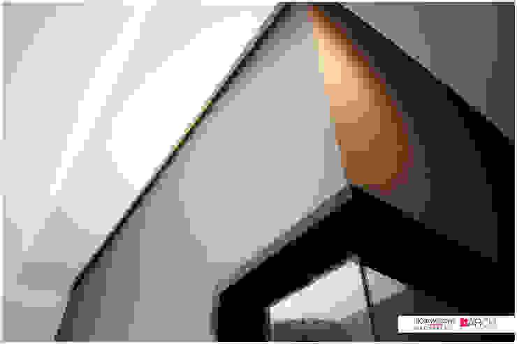 LOFT z widokiem Industrialne domowe biuro i gabinet od Borowczyk Architekci Industrialny