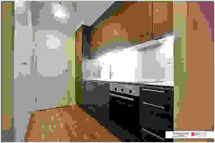 DVUPAK – loft VIVID Minimalistyczna kuchnia od Borowczyk Architekci Minimalistyczny
