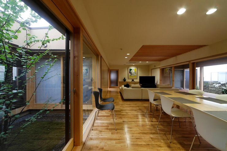 M邸 オリジナルデザインの リビング の 長谷雄聖建築設計事務所 オリジナル