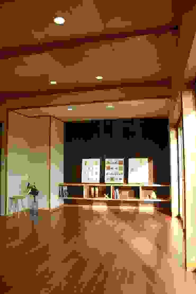 . 和風デザインの 多目的室 の さんさい工房一級建築士事務所 和風