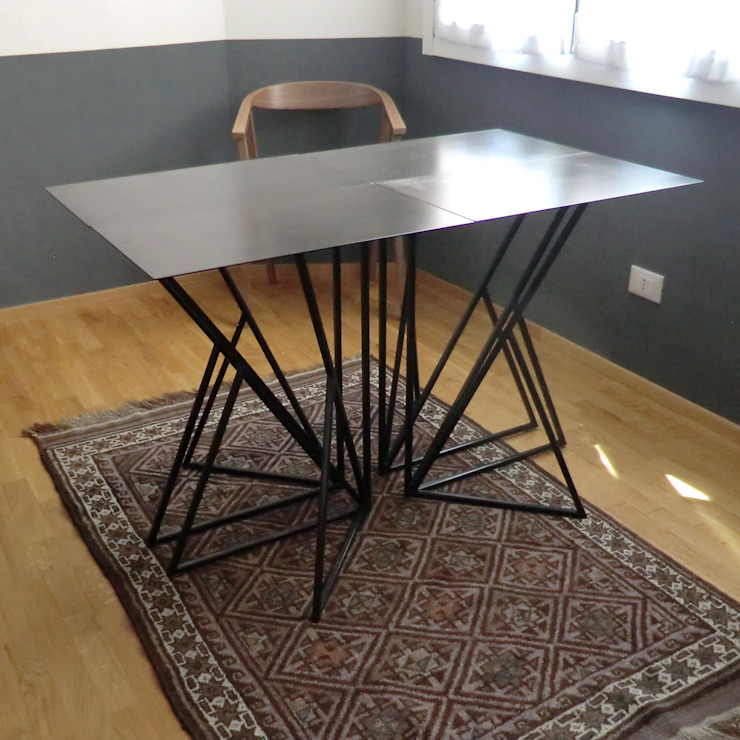 Arch. Silvana Citterio Dining roomTables