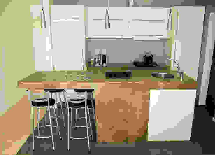 apartamento em Ipanema Cozinhas modernas por Margareth Salles Moderno