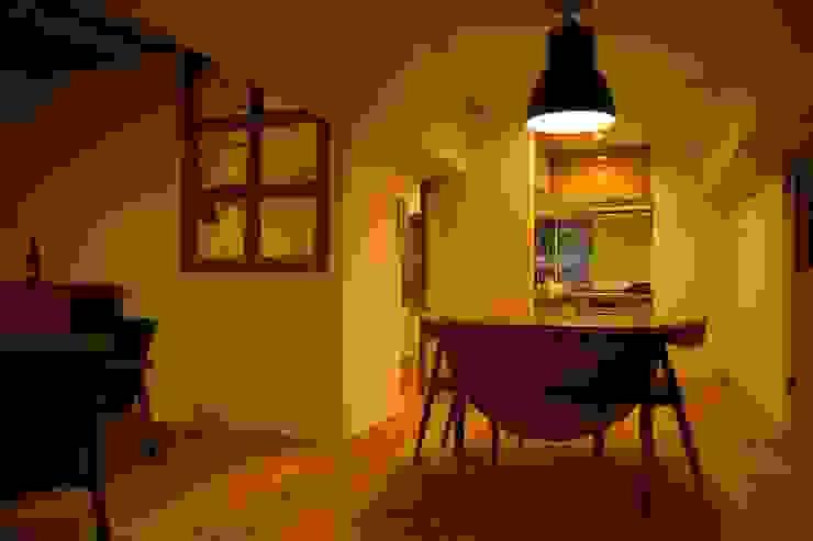HOUSE U (リノベーション) クラシックデザインの ダイニング の ろく設計室 クラシック