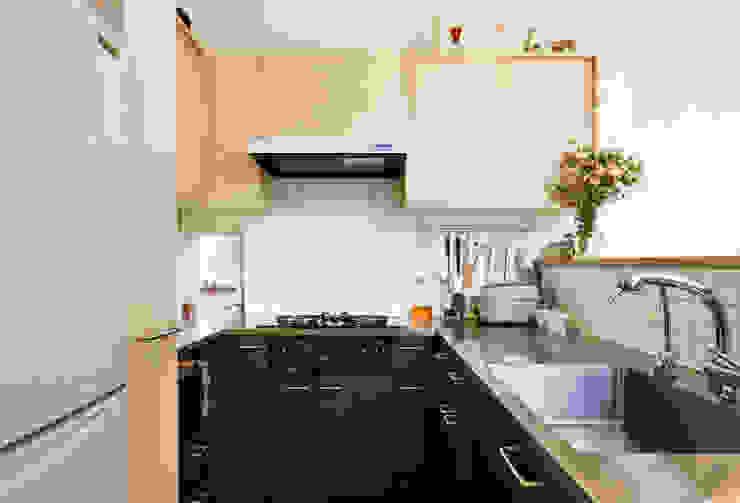 KITCHEN FURUKAWA DESIGN OFFICE Cocinas de estilo moderno