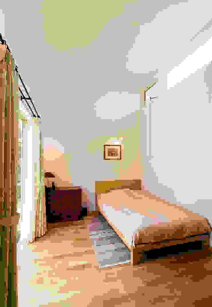 BED ROOM FURUKAWA DESIGN OFFICE Dormitorios de estilo moderno