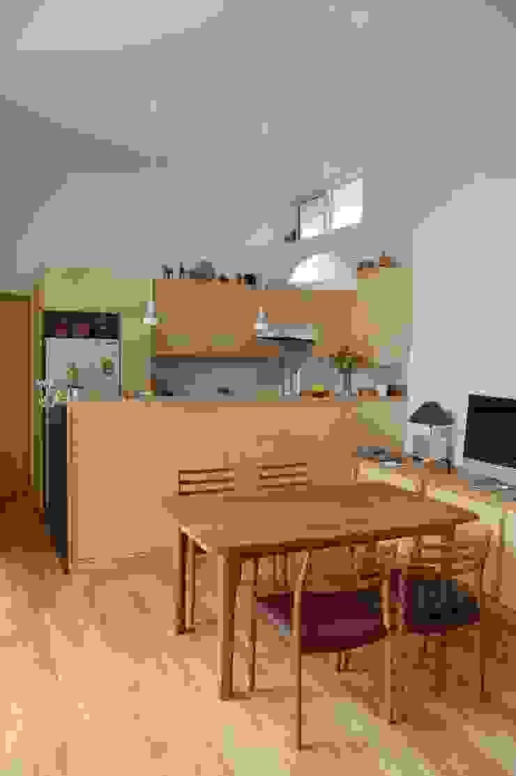 DINING and KITCHEN FURUKAWA DESIGN OFFICE Comedores de estilo moderno