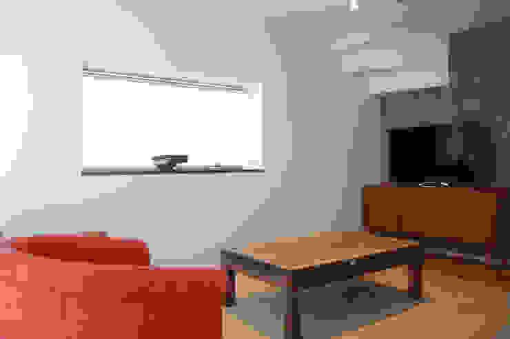 Living room モダンデザインの リビング の FURUKAWA DESIGN OFFICE モダン
