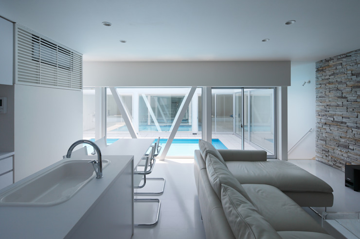 l a n i モダンデザインの ダイニング の *studio LOOP 建築設計事務所 モダン