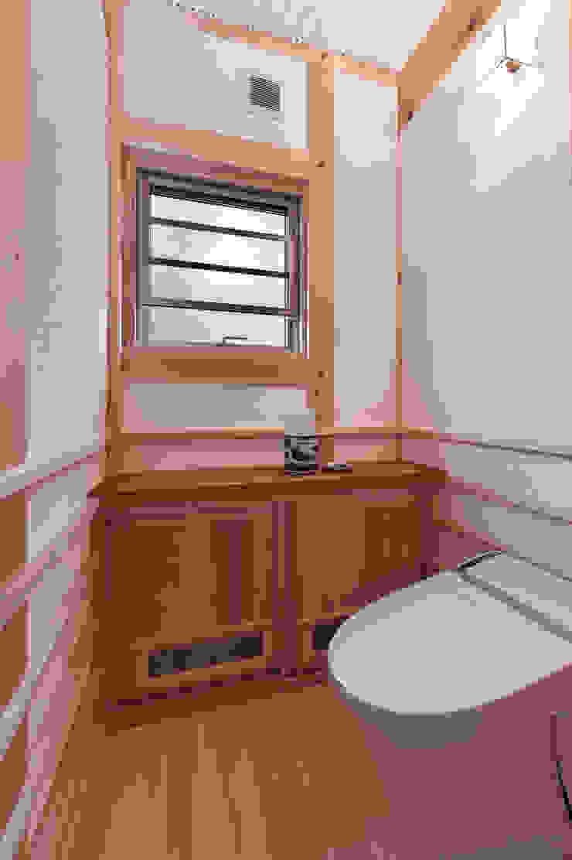トイレ クラシックスタイルの お風呂・バスルーム の SSD建築士事務所株式会社 クラシック