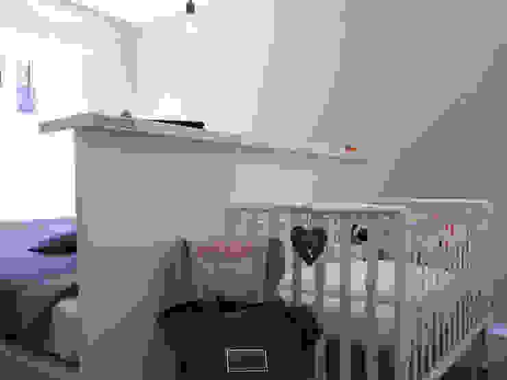 APPARTAMENTO URBANO Camera da letto minimalista di bdastudio Minimalista