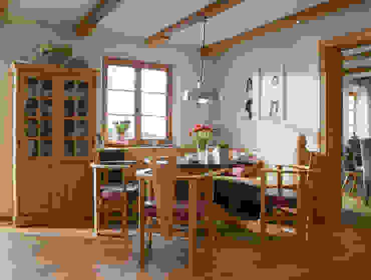 Fantastisches Leben auf dem Bauernhof Beinder Schreinerei & Wohndesign GmbH Landhaus Küchen