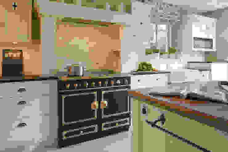 Kitchen by Beinder Schreinerei & Wohndesign GmbH, Country