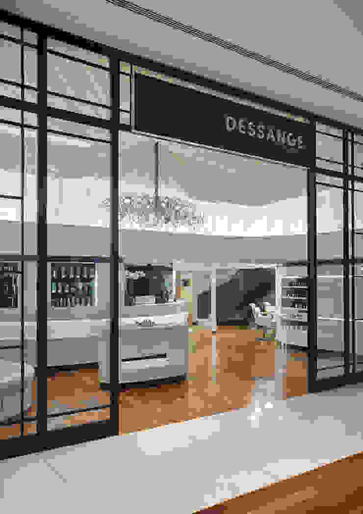 Dessange Paris Centro de Beleza - Barrashopping Lojas & Imóveis comerciais ecléticos por Cadore Arquitetura Eclético