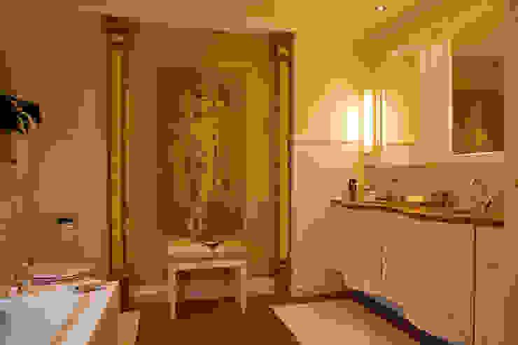 Country style bathroom by Beinder Schreinerei & Wohndesign GmbH Country