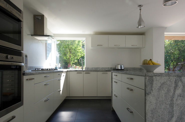 Keuken door Designscape Architects Ltd, Modern