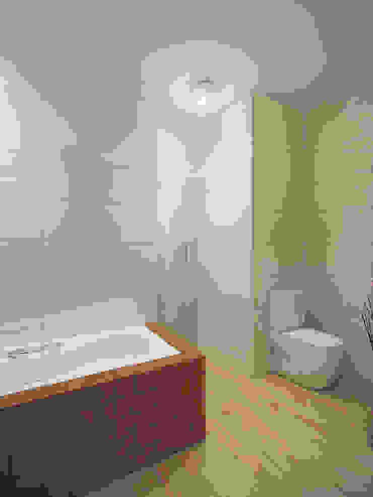 現代浴室設計點子、靈感&圖片 根據 White & Black Design Studio 現代風