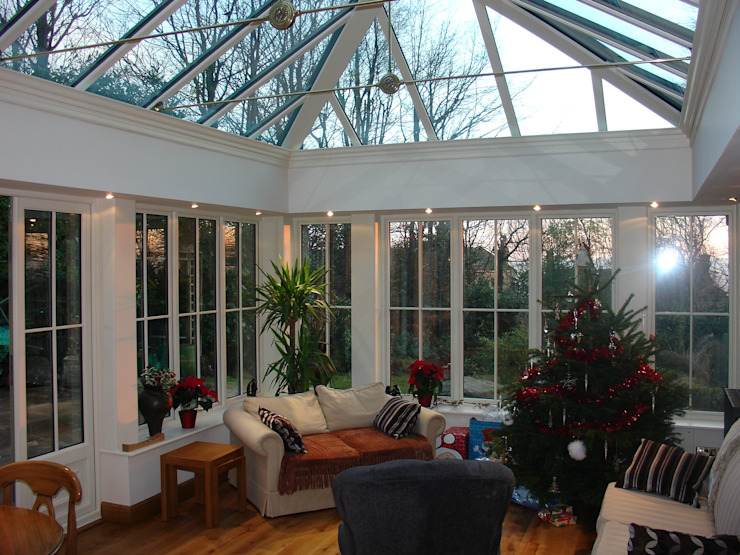 Orangeries Colonial style conservatory by Franklin Windows Colonial