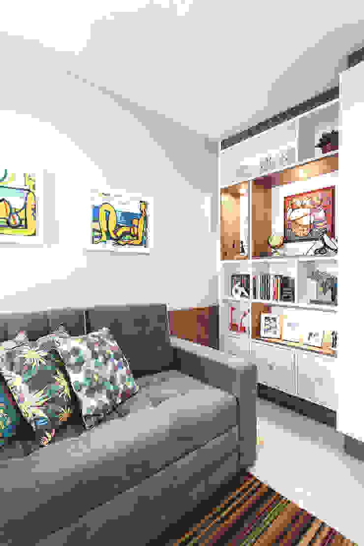 Apartamento Menino Deus Escritórios modernos por Arquiteto Gustavo Redlich & Associados Moderno