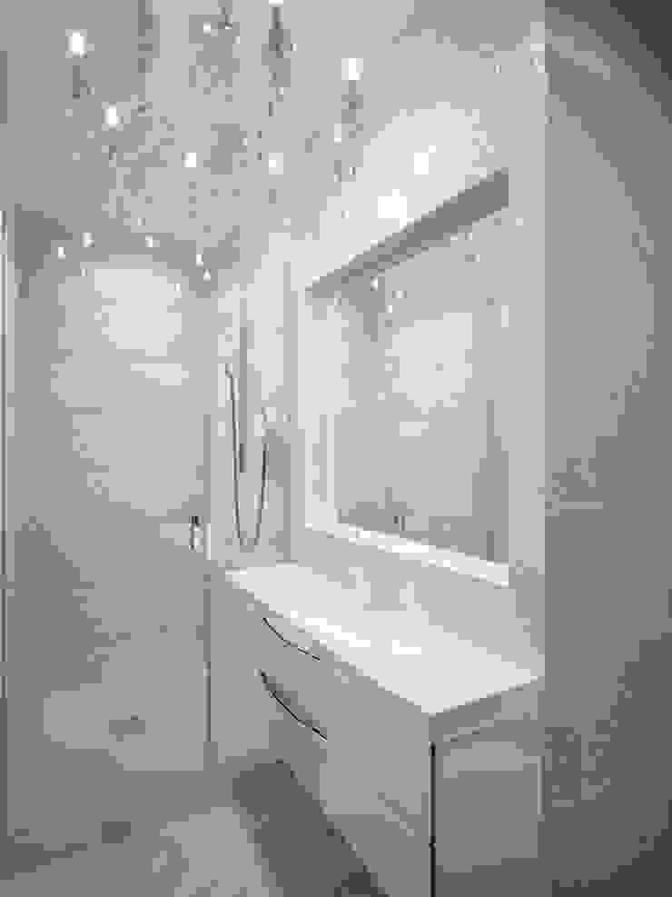 Дизайн квартиры в неоклассическом стиле Ванная в классическом стиле от White & Black Design Studio Классический