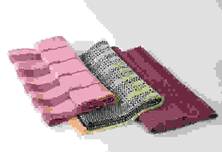 Handwoven Cotton and Wool Throws & Blankets: modern  by Teresa Georgallis, Modern