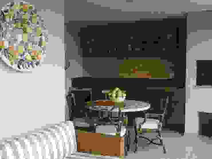 Varanda Varandas, alpendres e terraços ecléticos por Pereira Reade Interiores Eclético