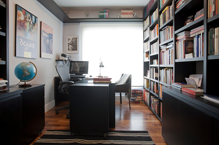 Eclectic style study/office by Pereira Reade Interiores Eclectic
