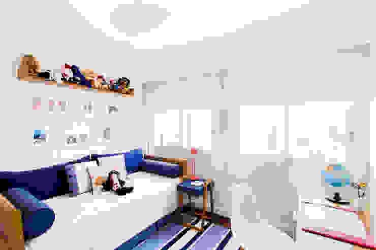 Детская комната в стиле модерн от Pereira Reade Interiores Модерн