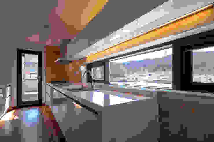 SONGCHU MAPLE HOUSE : IDEA5   ARCHITECTS의  주방,모던