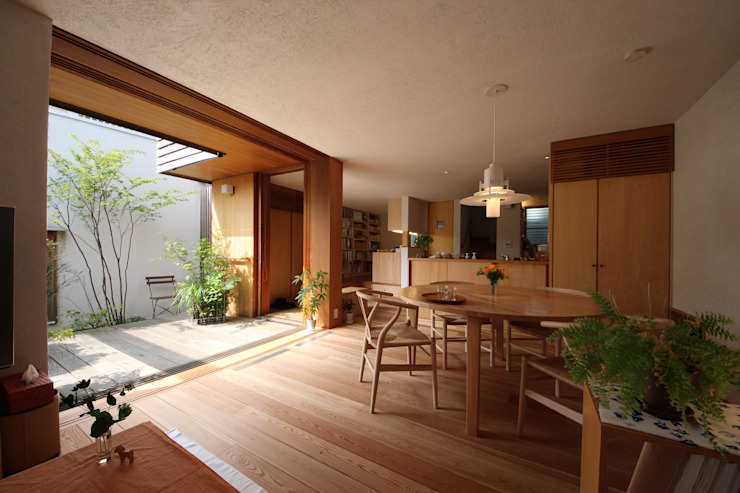 Dining room by 新井アトリエ一級建築士事務所,
