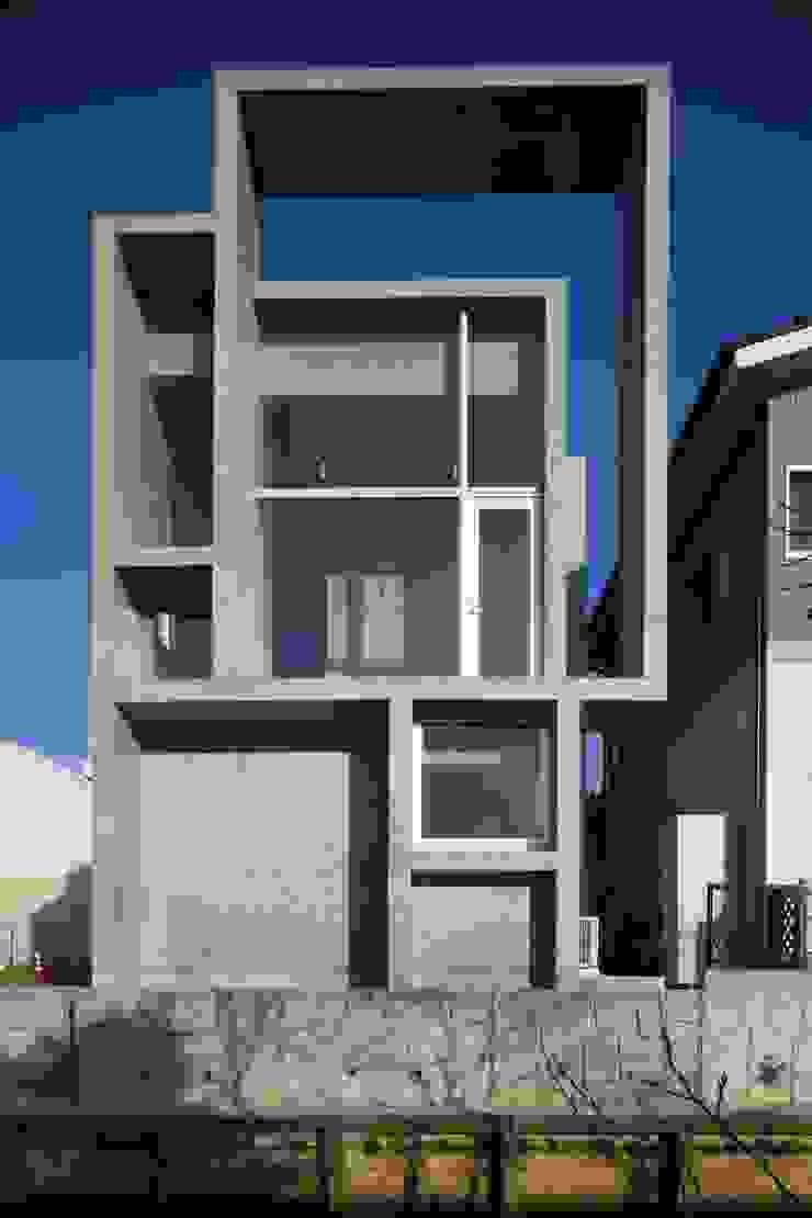 白根博紀建築設計事務所 Casas estilo moderno: ideas, arquitectura e imágenes