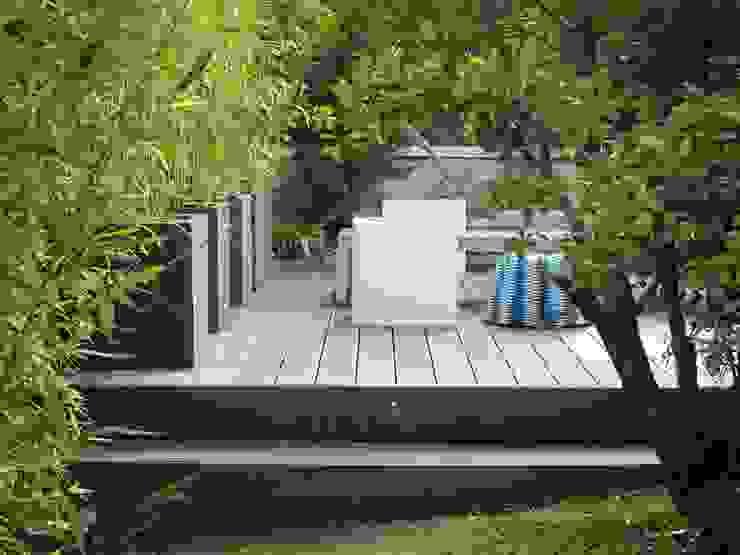Diferentes proyectos de jardines y terrazas Jardines de estilo moderno de IGLESIAS JARDINERÍA Y PAISAJE Moderno