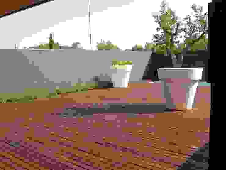Diferentes proyectos de jardines y terrazas Jardines de estilo minimalista de IGLESIAS JARDINERÍA Y PAISAJE Minimalista