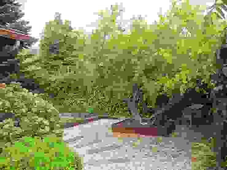 Diferentes proyectos de jardines y terrazas Jardines de estilo rústico de IGLESIAS JARDINERÍA Y PAISAJE Rústico