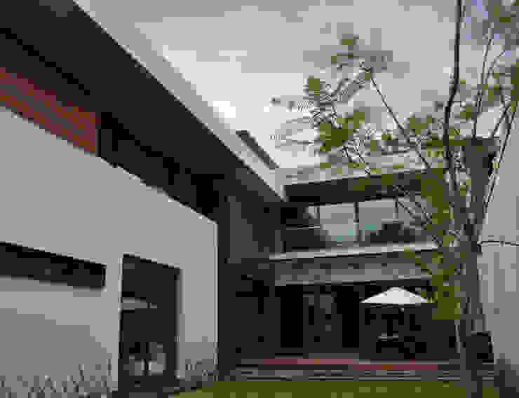 CASA UD: Casas de estilo  por citylab Laboratorio de Arquitectura, Moderno
