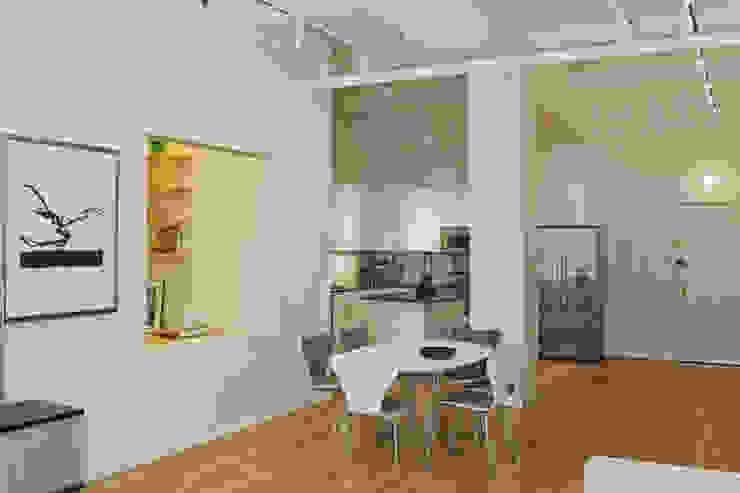 Cocinas de estilo moderno de Goderbauer Architects Moderno