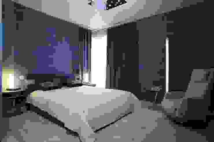 Eldest son'bedroom by homify Сучасний