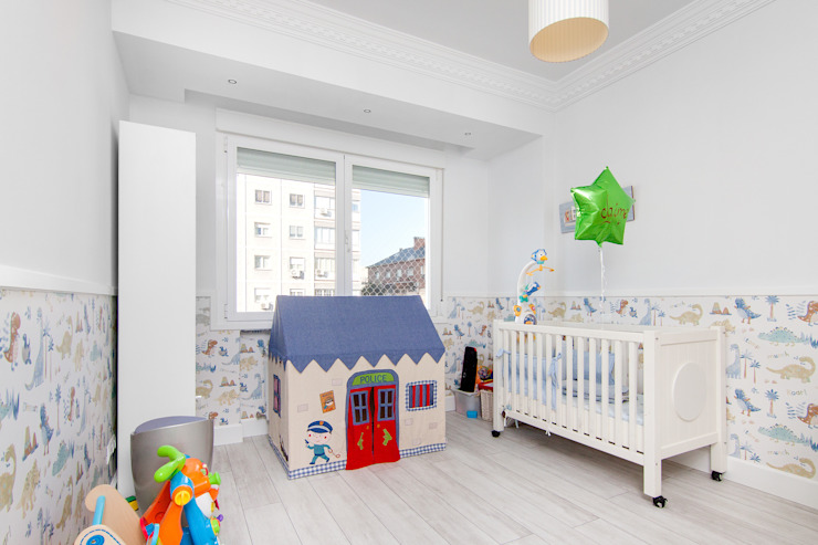 Dormitorio para el bebé de DISEÑO Y ARQUITECTURA INTERIOR