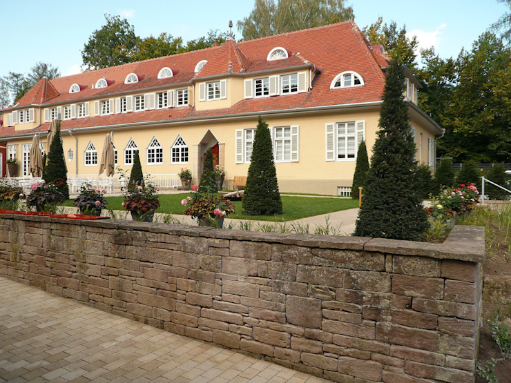 Innenhof Klassische Hotels von Pfrommer + Roeder Klassisch