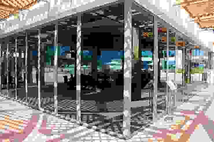 SUNFLEX Aluminiumsysteme GmbH Bar & Club moderni