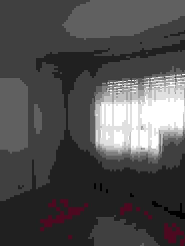 Vista del dormitorio antes de ser reformado de DISEÑO Y ARQUITECTURA INTERIOR