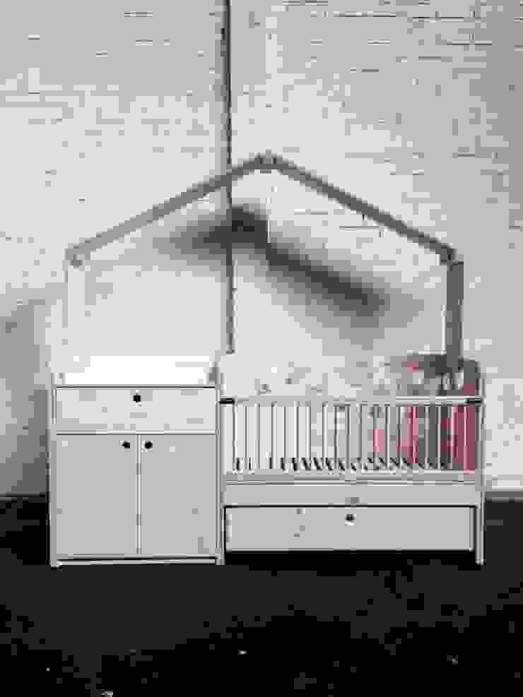 Babybedje + commode: modern  door OneSevenTree , Modern