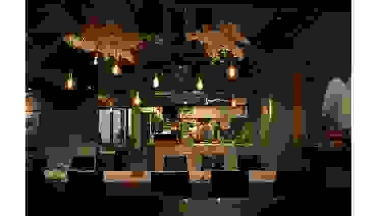 Sous Marin Restaurant by Studioba 모던