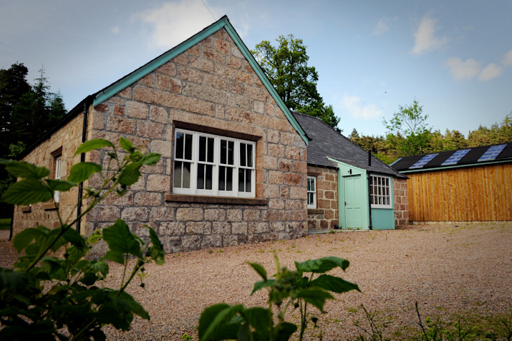 Old School House, Glen Dye, Banchory, Aberdeenshire Roundhouse Architecture Ltd บ้านและที่อยู่อาศัย