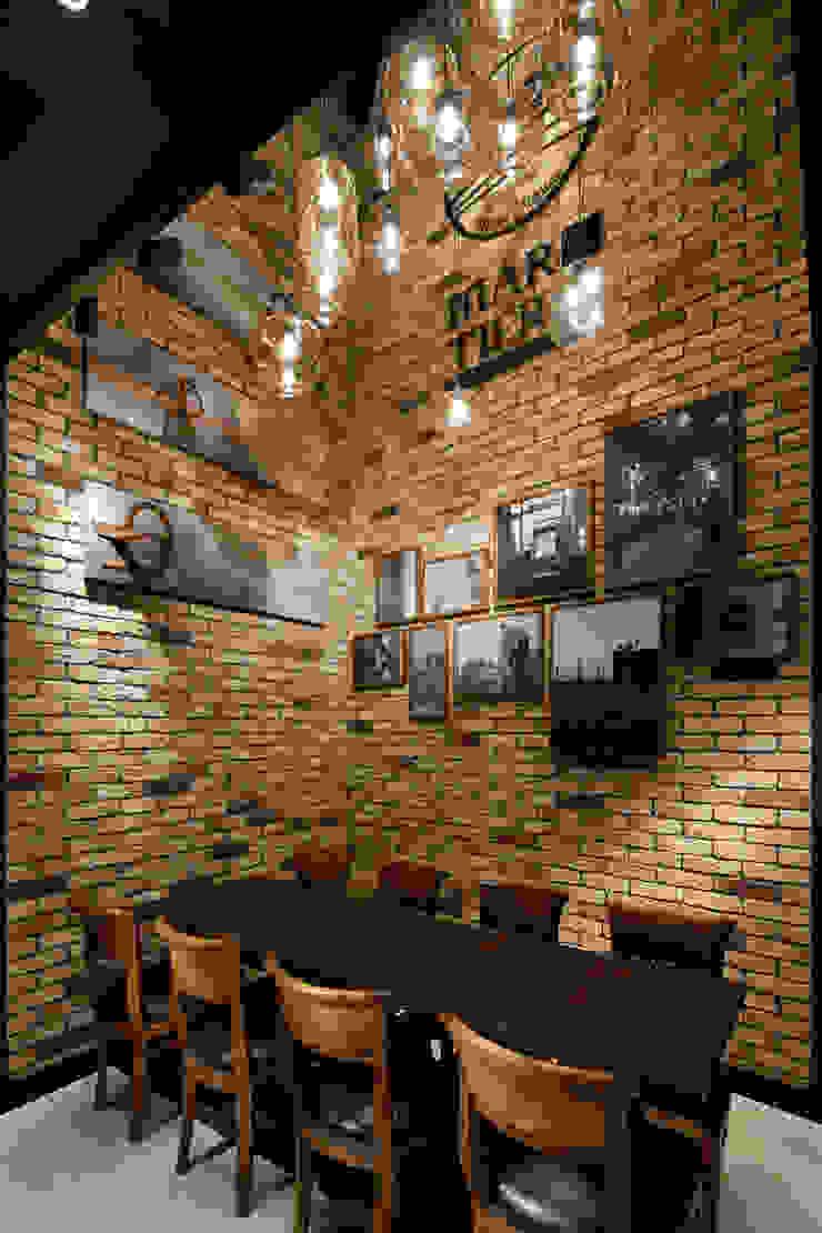 Mar y Tierra オリジナルなレストラン の ドイルコレクション オリジナル