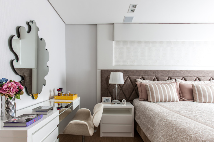 Classic style bedroom by Barbara Dundes | ARQ + DESIGN Classic