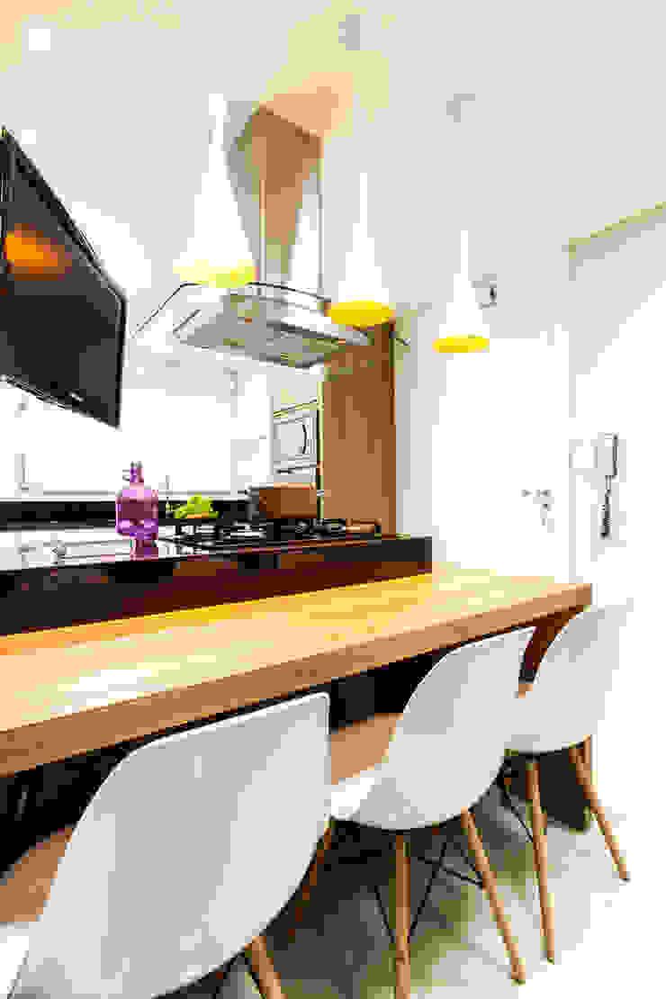 Detalhes Cozinhas modernas por Barbara Dundes   ARQ + DESIGN Moderno